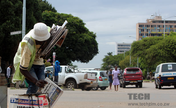 newspaper-vendor-harare