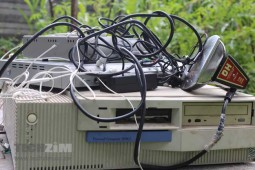 e-Waste, old technology, obsolete tech
