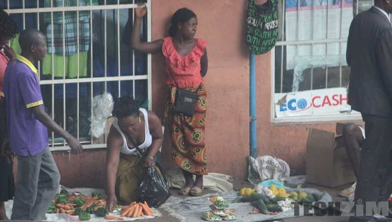 women selling fruits